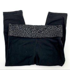 PINK Victoria's Secret Yoga Capris Size M Black